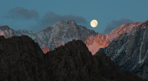 Moonset over the Sierra Nevada mountains, from the Alabama Hills, California.