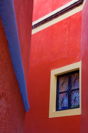 Between two houses, Guanajuato, Mexico.