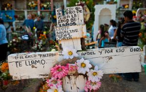 Day of the Dead in Guadalupe Cemetary, San Miguel de Allende, Mexico.